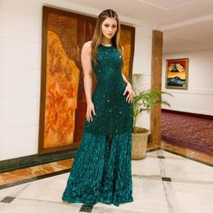 Pakistani Bridal Dresses, Indian Dresses, Indian Outfits, Western Outfits, Bollywood Actress Hot Photos, Indian Bollywood Actress, Cute Dresses, Casual Dresses, Fashion Dresses