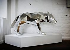 What you see here are a small selection of pictures featuring examples from the ingenious'Animal Vector Sculptures'project, made by London-based Multidisciplinary Artist,Arran Gregory.