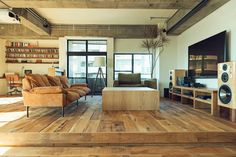 Modern rustic interior decor exposed wood and brick features Home Living Room, Living Room Designs, Living Room Decor, Living Spaces, Style At Home, Ideas Hogar, Interior Decorating, Interior Design, Interior Ideas