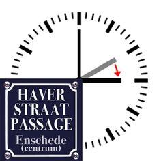 KOMENDE ZONDAG - MODESHOW - KOOPZONDAG - ZOMERTIJD!  De #Haverstraatpassage organiseert op deze #koopzondag Enschede een grote #MODESHOW. De shows zijn om 13:00 - 14:00 - 15:00 - 16:00 uur. . Vergeet alleen niet, dat de zomertijd is ingegaan!  De Klok gaat dan een uurtje VOORUIT.