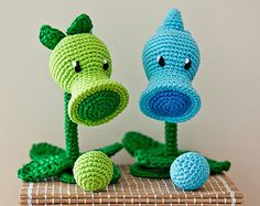 "Crochet Pattern of Peashooter and Snow Pea from ""Plants vs Zombies"" (Amigurumi tutorial PDF file)"