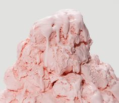 strawberry ice cream mountain