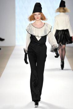 Erin Fetherston Fall 2009 Ready-to-Wear Fashion Show - Julia Shvets