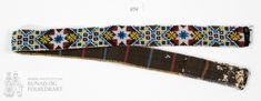Belte - Norsk Institutt for Bunad og Folkedrakt / DigitaltMuseum Belt, Beadwork, Accessories, Fashion, Belts, Moda, Fashion Styles, Pearl Embroidery, Fashion Illustrations