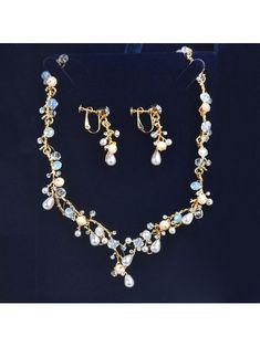 577be2841 96 Best white dresses images   Wedding jewelry sets, Bridal necklace ...