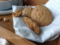 Ořechové cookies - Víkendové pečení Yummy Food, Delicious Meals, Cheesecake, Bread, Cupcakes, Cookies, Baking, Pizza, Blog