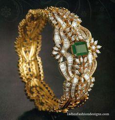 Mehndi, Gold Jewellery Design, Designer Jewelry, Bracelets Design, Emerald Jewelry, Diamond Jewelry, Diamond Bangle, Fine Jewelry, Blouse