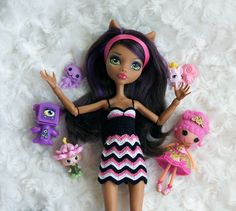 All Monster High Dolls, Monster High Doll Clothes, Ever After High, Barbie Clothes, Crochet Clothes, Superhero, Disney Princess, Knitting, Disney Characters