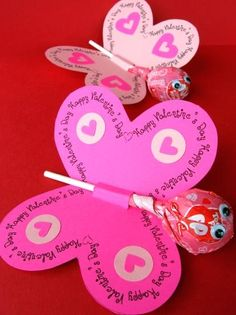Valentines Card  http://myfrugaladventures.com/2012/02/homemade-valentines-day-cards-for-kids/#