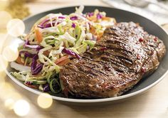 This Chilli and Honey Barbecued Steak with Coleslaw is perfect for entertaining friends and family. Bbq Steak, Carrot Greens, Sirloin Steaks, Coleslaw, Healthy Recipes, Healthy Food, Finger Foods, I Foods, Food Inspiration
