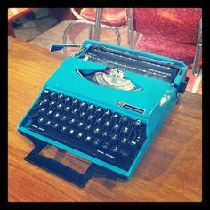 Blue vintage typewriter. No Pinterest on this gadget! #Vintage #Gadgets