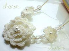 * Charin Hand made *ニット フラワー ネックレス/ホワイト系