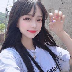 Korean Girl Photo, Cute Korean Girl, Cute Asian Girls, Cute Girls, Ulzzang Korean Girl, Uzzlang Girl, Grunge Girl, Beautiful Girl Image, Ulzzang Fashion