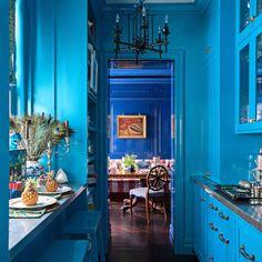 Home Interior 2019 blue galley kitchen.Home Interior 2019 blue galley kitchen Blue Kitchen Cabinets, Green Kitchen, Glossy Kitchen, Small Galley Kitchens, Cool Kitchens, Colorful Kitchens, Open Kitchens, Narrow Kitchen, Kitchen Small