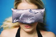 How to make your own yoga eye pillow: http://voices.yahoo.com/how-lavender-eye-pillows-yoga-meditation-1349611.html #Yoga #DIY    (Pictured: Aromatherapy Yoga Eye Pillow from Batik-Media)
