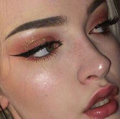 Here are the best Halloween makeup looks to copy this year -.-Here are the best Halloween makeup looks to copy this year – Beauty Home make up inspo - Makeup Fx, Makeup Tricks, Cute Makeup, Pretty Makeup, Makeup Goals, Skin Makeup, Makeup Inspo, Makeup Inspiration, Makeup Brushes