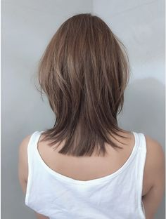Pin on Hair Color & Style Haircuts Straight Hair, Haircuts For Medium Hair, Medium Hair Cuts, Medium Hair Styles, Long Hair Styles, Hair Color Streaks, Hair Color Balayage, Hair Highlights, Japanese Haircut