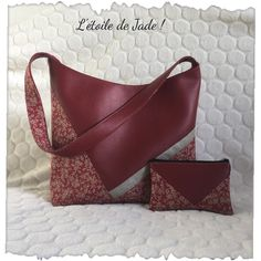 Items similar to Red faux leather handbag / /lin tissue lamé on Etsy Fabric Flowers, Band Rings, Cotton Fabric, Shoulder Bag, Etsy, Zipper, Pocket, Floral, Handmade