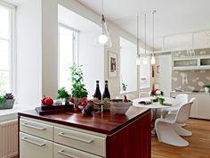 A home decor in modern Scandinavian style Big Windows, Scandinavian Style, Kitchen Dining, Dining Room, Cool Kitchens, Modern Contemporary, Interior, Design, Home Decor