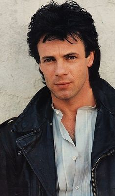 Rick Springfield - the first guy I had up on the wall as preteen. High School Crush, Hollywood Music, Rick Springfield, Pretty Men, Gorgeous Men, Music Love, 80s Music, General Hospital, Sexy Men