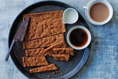 Made completely from pantry staples, this slice is perfect for those impromptu morning tea guests. Be sure to serve with a cup of tea and a good chat.