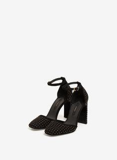 Uterqüe Hrvatska Product Page - Obuća - Vidjeti sve - D'Orsay cipele s…