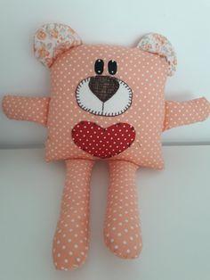 Naninha de apego Sewing Stuffed Animals, Stuffed Animal Patterns, Handmade Baby, Handmade Toys, Sowing Crafts, Handgemachtes Baby, Operation Christmas Child, Sock Animals, Kids Pillows