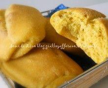 Pane alla curcuma e semi di girasole: il Pane color del sole!