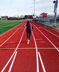Sprint Your Way to a Better Body! Benefits of Sprint Training + BONUS WORKOUT!