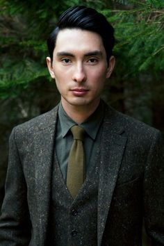 """Could be cute idea for the grooms look! bucksthreads: """" Alex Hua Tian in Gieves and Hawkes. Rustic Wedding Suit, Wedding Attire, Tweed Wedding Suits, Fall Wedding, Dream Wedding, Mode Masculine, Masculine Style, Dapper Gentleman, Gentleman Style"""