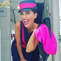 【ギリシャ】スカイ・エクスプレス 客室乗務員 / Sky Express cabin crew【Greece】 Airline Uniforms, Cabin Crew, Flight Attendant, Silk Scarves, Funny Moments, Beautiful Women, In This Moment, Female, Lady
