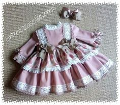 Little Girls Fancy Dresses, Vintage Baby Dresses, Little Girl Dresses, Baby Girl Fashion, Kids Fashion, Baby Frock Pattern, Baby Girl Dress Design, Kids Frocks, Cute Outfits For Kids