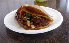 Tacos de Birria Javier, Los mejores tacos de Birria de Tijuana, ( La salsa Picante esta exquisita)
