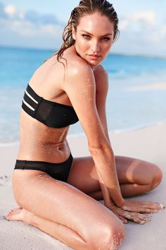 d21b3f2200 This black bandeau is equal parts glamorous and athletic