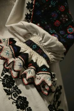 Embroidery, Blanket, Handmade, Flowers, Needlepoint, Hand Made, Blankets, Cover, Comforters