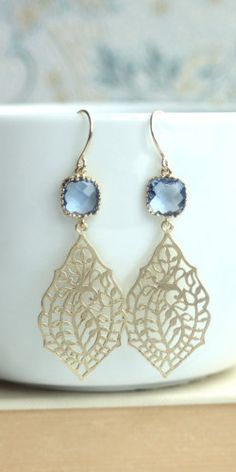 Beautiful peacock filigree design earrings