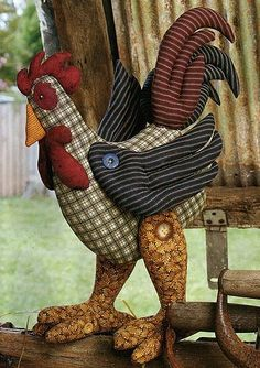Album Archive - Galo de Patch Com molde Fabric Animals, Fabric Birds, Fabric Crafts, Sewing Crafts, Sewing Projects, Chicken Pattern, Chicken Crafts, Chickens And Roosters, Stuffed Animal Patterns