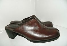 Women's Clarks Dark Brown Leather Mules Shoes Slip On Size 7.5 M #Clarks # Mules