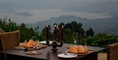A romantic dinner for two overlooking an awe-inspiring lake. Grandeur is the order of the day. And champagne.