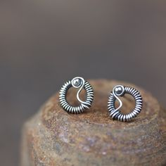 Unique Wire Wrapped Silver Circle Stud Earrings
