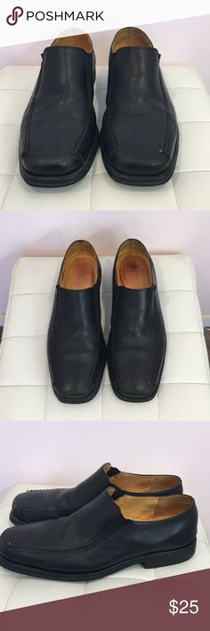 Sandro Men's Slip Ons Gently worn.  Same day shipping! Sandro Shoes Loafers & Slip-Ons