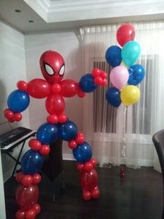 Человек паук из шариков Balloon Designs, Balloon Ideas, Balloon Decorations, Animal Balloons, Balloon Animals, July Birthday, Birthday Parties, Man Party, Boy Decor