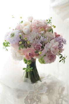 クラッチブーケ 京王プラザホテル様へ 春色 : 一会 ウエディングの花