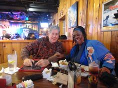 """At the """" Smokin Pig"""" with friends and of course...food <3 May 2015..."""