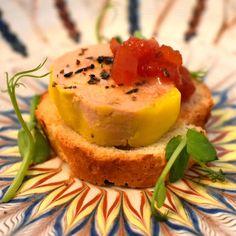 Foie gras terrine &spicey tomatoes jam.🦆