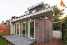 Uitbouw jaren 30 woning Zeist bij Kraal architecten. Kraal ontwerpt het allemaal! Bekijk ons portfolio online of bel: 030-2239677.