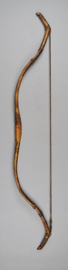 Bow, made by Bashkir (a Turkic people indigenous to Bashkortostan). Mongolian Archery, Bow And Arrow Diy, Composite Bow, Bow Image, Traditional Archery, Museum Shop, Bow Arrows, How To Make Bows, British Museum