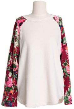 Vintage Flower Sleeves Top | Fall & Winter | Dolly & Molly | www.dollymolly.com |  #red #rose #flower #blossom #winter #top #Lookbook #outfit #daily #instafashion #streetfashion