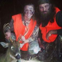 Willie and sadie deer hunting Willie Robertson, Robertson Family, Sadie Robertson, Duck Dynasty Sadie, John Luke, Ducks Unlimited, Duck Commander, Deer Hunting, West Monroe