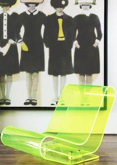Neon Chair ☻                                                                                                                                                                  ⇜•ṄεΦЙ❉€яᗛƶΣ•⇝